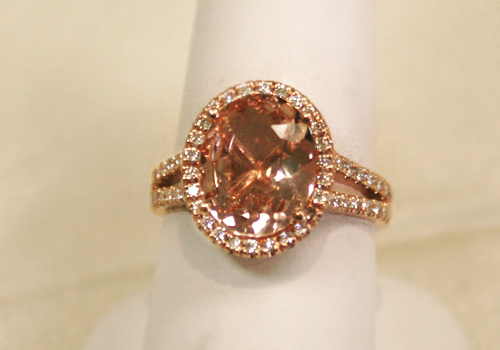 Morganite ring in rose gold.